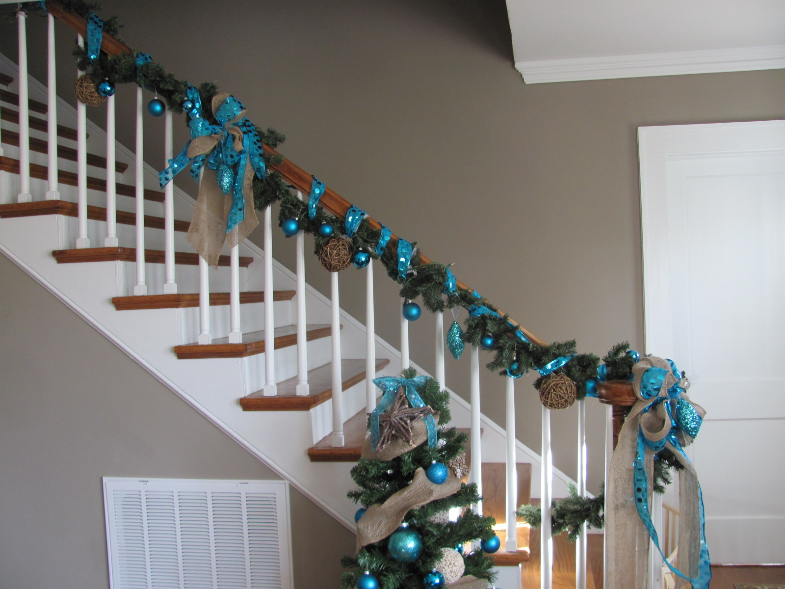 Seasonal Christmas Decor by Professional Organizer