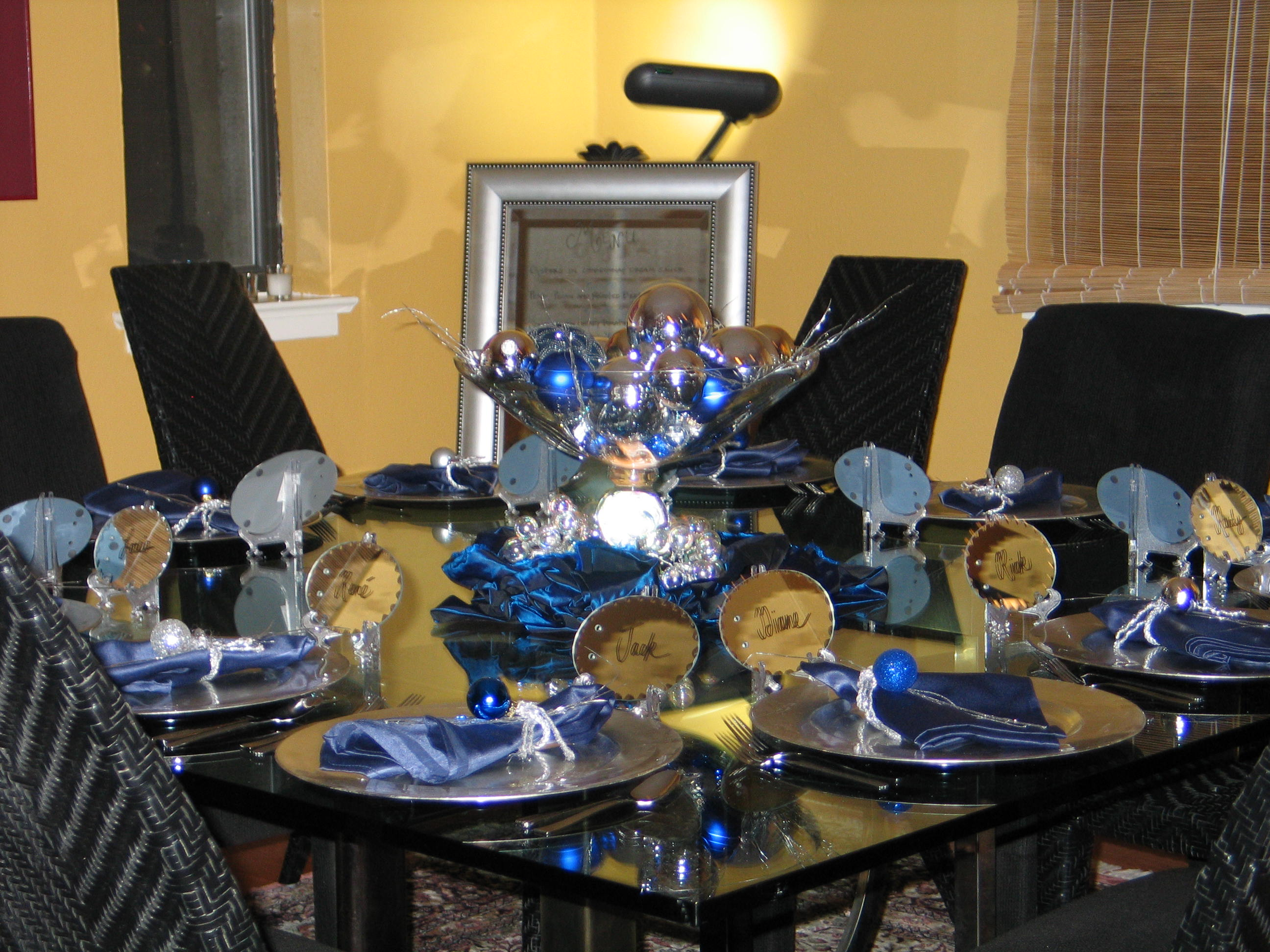 New Year's Eve Party Decor by Pro Organizer