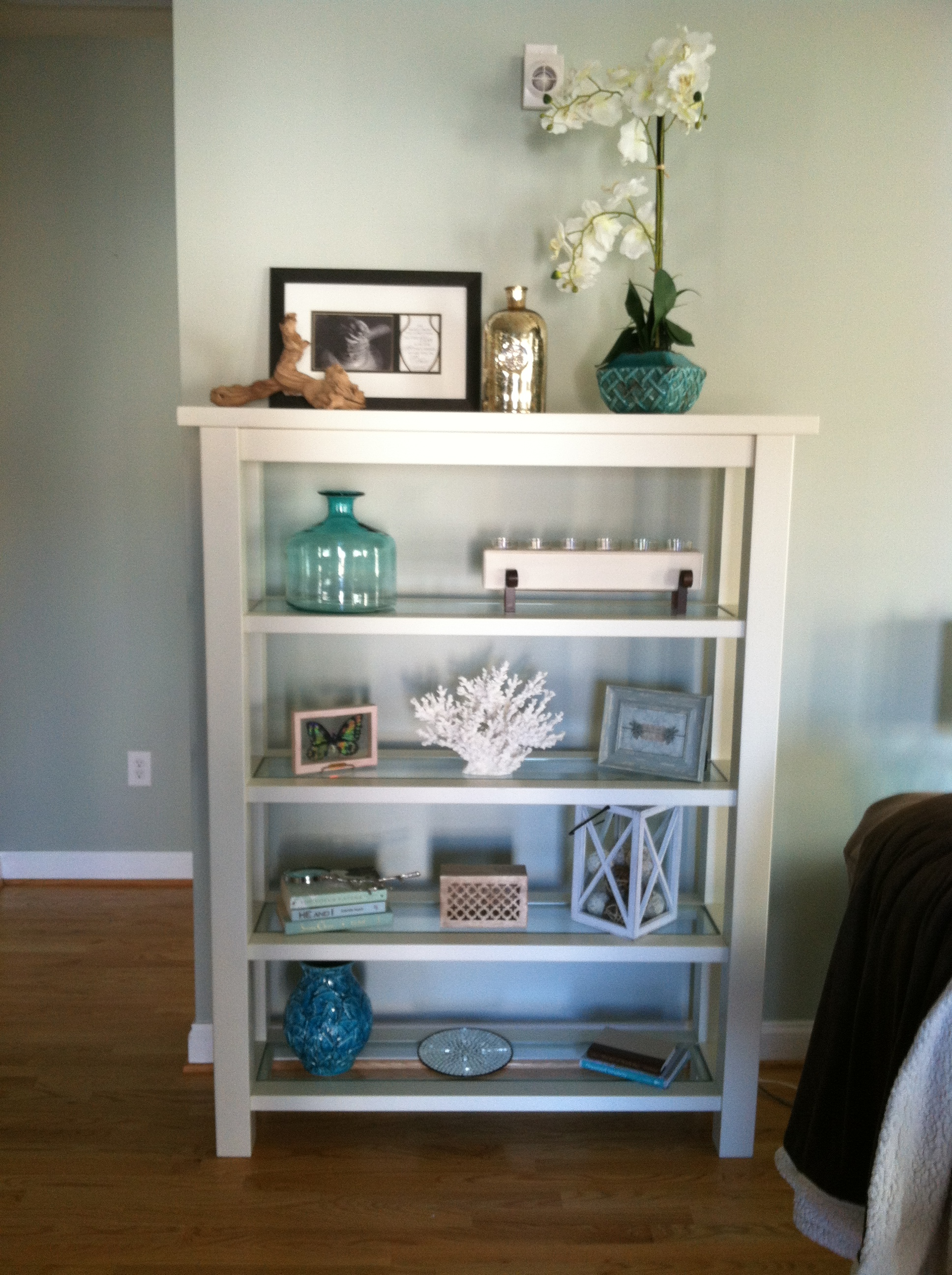 styling a bookcase by Professional Organizer
